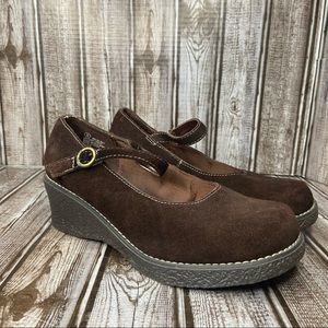 Cherokee suede wedge Mary Jane clogs - like new - brown - size 5